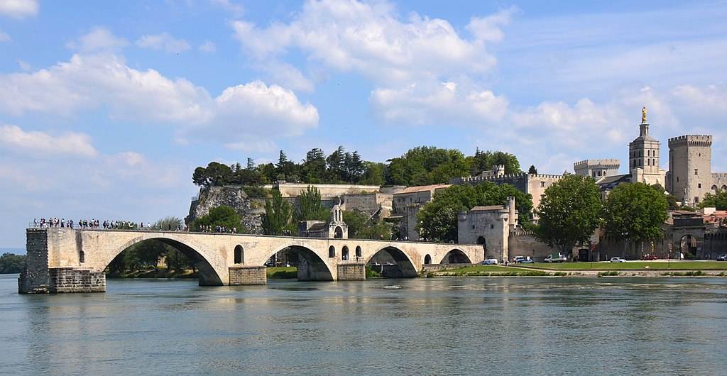 """""""Sur le Pont d'Avignon on y danse"""" is the famous song, but now we see only many tourist just standing there - panoramio.jpg"""