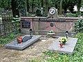 Łódź-grave of May family.jpg