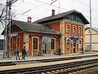 Železniční stanice - výpravní budova čp. 122, Grygov.JPG