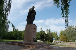 Памятник Т.Шевченку в Шполі, Черкащина.TIF