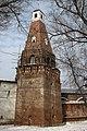 "Симонов монастырь, башня ""Кузнечная"" снаружи монастыря - panoramio.jpg"