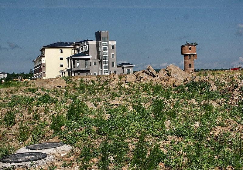 File:二道河子的旅館 Hotel at Erdaohezi - panoramio.jpg
