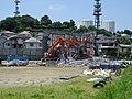多摩ニュータウンで少子化に伴い解体されるプレハブ校舎150710.JPG