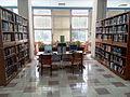 真理大學-圖書館二樓自習桌.jpg