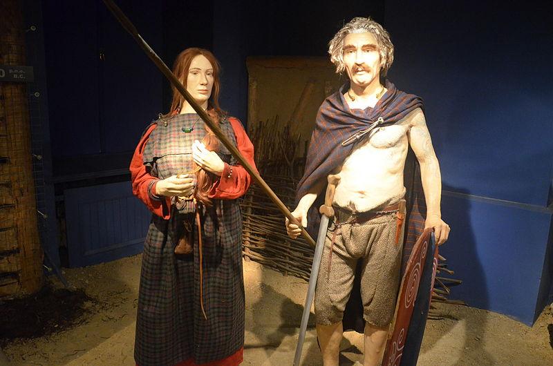 File:0888 Kleidung der Kelten in Südpolen im 3.Jh. v. Chr..JPG