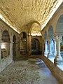 090 Monestir de Sant Benet de Bages, claustre, galeria sud.jpg