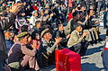 0913 - Nordkorea 2015 - Pjöngjang - Public Viewing am Bahnhofsplatz (22356039143).jpg