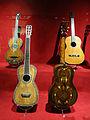 136 Museu de la Música, guitarres.jpg
