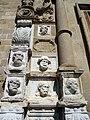 15 Santa Maria de Calella, retaule dels Apòstols, a la façana oest.JPG