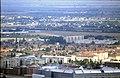 178R27270888 Blick vom Donauturm, Blick Richtung Nordosten Breitenlee, im Vordergrund Dach Donauzentrum.jpg