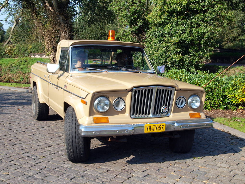 File:1979 Jeep J10 photo-1.JPG - Wikimedia Commons