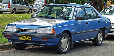 400px-1984-1985_Mitsubishi_Sigma_%28GK%29_SE_sedan_%282010-12-28%29_01.jpg