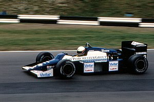 1985 European GP Brundle 02.jpg