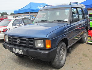 Land Rover Discovery - 1994 Honda Crossroad (Japan)