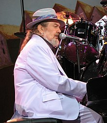20060714 Dr. John in Vienne, France (cropped).jpg
