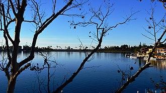 Mission Viejo, California - Image: 20131214 0138 Lake Mission Viejo