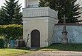 2014 Gorzanów, kościół św. Marii Magdaleny, ogrodzenie 05.jpg