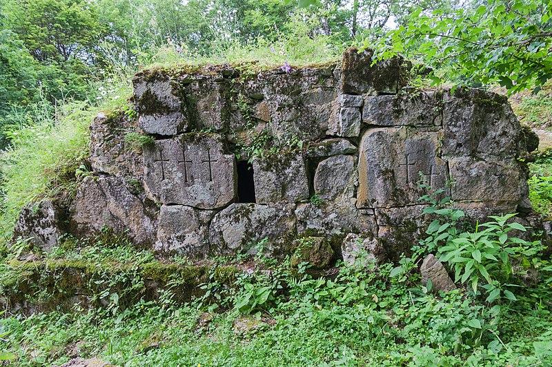 File:2014 Prowincja Tawusz, Klasztor Matosawank (09).jpg