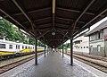 2016 Dworzec kolejowy w Strzelinie, druga wiata peronowa 2.jpg
