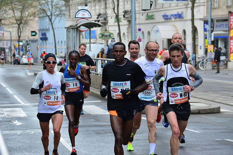 File:2017-04-23 GuentherZ Wien Marathonlauf F8 Emma Quaglia F9 Irene Chepkirui M59 Jonah Kiplogat Kemboi M63 Luca Campanella 1220.jpg