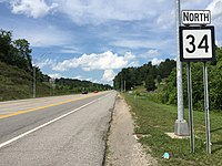 2017-07-24 15 35 54 View north along West Virginia State Route 34 at U.S. Route 35 in Putnam County, West Virginia.jpg
