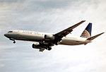 223ag - Continental Airlines Boeing 737-924, N38403@LAS,17.04.2003 - Flickr - Aero Icarus.jpg