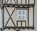 24 Place des Arcades in Sauveterre-de-R 02.jpg