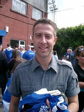 John O'Neill (footballer, born 1974) - O'Neill celebrating Queen of the South's run to the 2008 Scottish Cup Final.