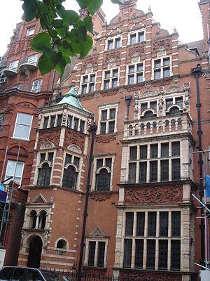 De La Rue baronets - 52 Cadogan Square, built for Sir Thomas Andros de la Rue, 1st Baronet