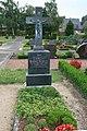 53 Grabstein Pfarrer Schmitz, Friedhof (Oberkrüchten).jpg