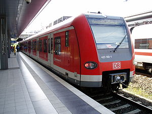 S21 (Berlin) - DBAG Class 423 of the Munich S-Bahn in Gesundbrunnen station