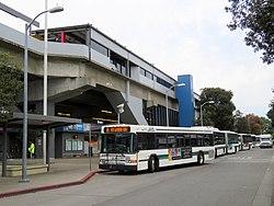 San Leandro station
