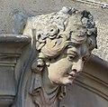 AIMG 9716 HN Gebäudeschmuck Frauenkopf groß.jpg