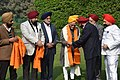 A delegation from Sikh Welfare Society, presenting the 'Saropa and Kirpan' to the Vice President, Shri M. Hamid Ansari, to mark the 350th birth anniversary of Guru Gobind Singh Ji, in New Delhi on January 09, 2017.jpg