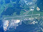 Aeroport findel luxembourg.JPG