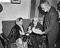 Afscheidsreceptie van de vice president van het Internationaal Gerechtshof Sir M, Bestanddeelnr 912-0481.jpg