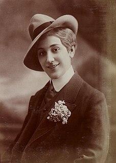 Aimée Campton music-hall artist and French actress of English origin