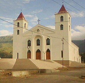 Ainaro church2.jpg