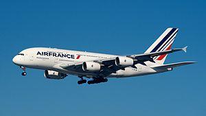 Air France Airbus A380-800 F-HPJB.jpg