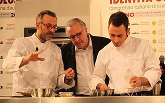 Alain Ducasse - Alain Ducasse (centre) at the Congresso italiano di cucina d'autore with Massimo Bottura (left)