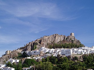 Zahara de la Sierra - Image: Alcazaba and Town (1)