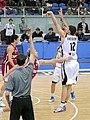 Aleksandr Pustogvar 3-point shoot 2011-03-19.JPG