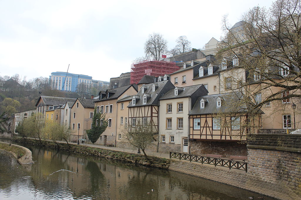 Grand photos of grund in luxembourg city luxembourg for Luxembourg house