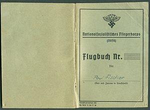 Amtsdokument Paul Fischer 1942-10-14 Hauptmann Nationalsozialistisches Fliegerkorps NSFA Flugbuch Nr. NSFK-Formblatt 602 Ap. A III. 5.38-7.40 Seite 01 und 44.jpg