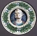 Andrea della robbia (ambito), ritratto virile allegorico entro ghirlanda, 1490-1510 ca., da villa di poggioreale.JPG