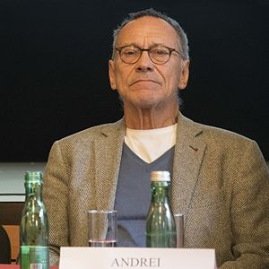 Andrei Konchalovsky - Andrei Konchalovsky at a press conference in Vienna, 2016.