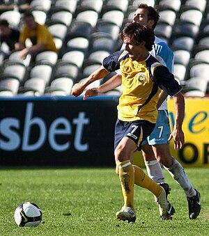 Andrew Clark (footballer)