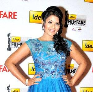 Anjali (film actress) - Image: Anjali at 60th South Filmfare Awards 2013