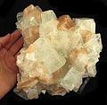 Apophyllite-(KF)-Stilbite-Ca-280489.jpg