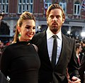 Armie Hammer and Elizabeth Chambers (30325930985) (cropped).jpg